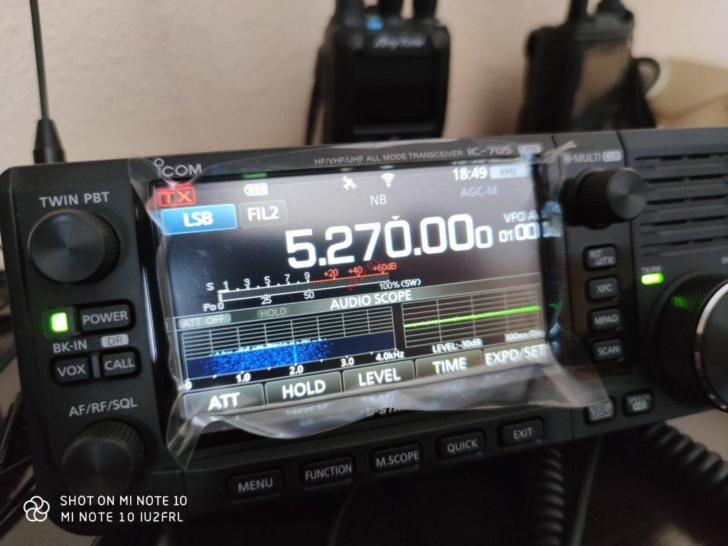 Abilitare la banda dei 5MHz su ICOM IC-705